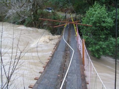 Floras Creek Bridge-Flood Level